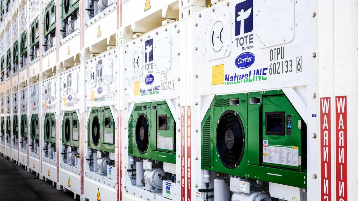 A US-based shipping line has 220 Carrier Transicold NaturaLINE natural-refrigerant units in service