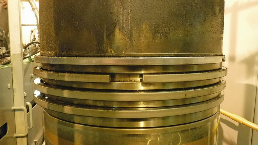 Cylinder lube oils help seal the space between piston rings and cylinder liner (image: LUKOIL)