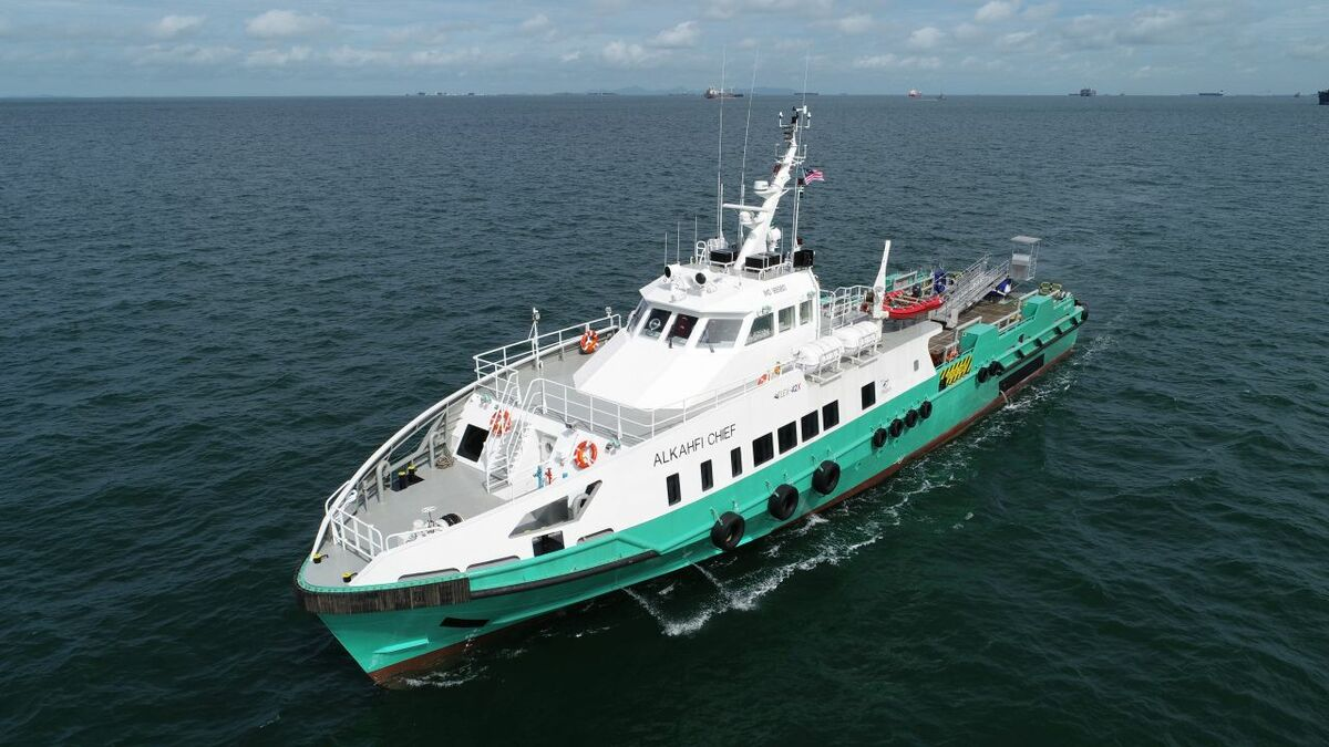 Alkahfi Chief can be a 'sensible alternative' to a helicopter for offshore transport