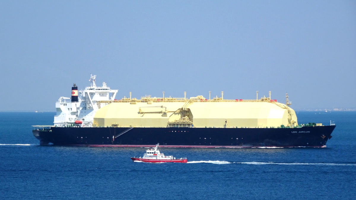 LNG Jurojin has four stretched spherical tanks with a total capacity of 155,300 m3 (Yahoo Japan)