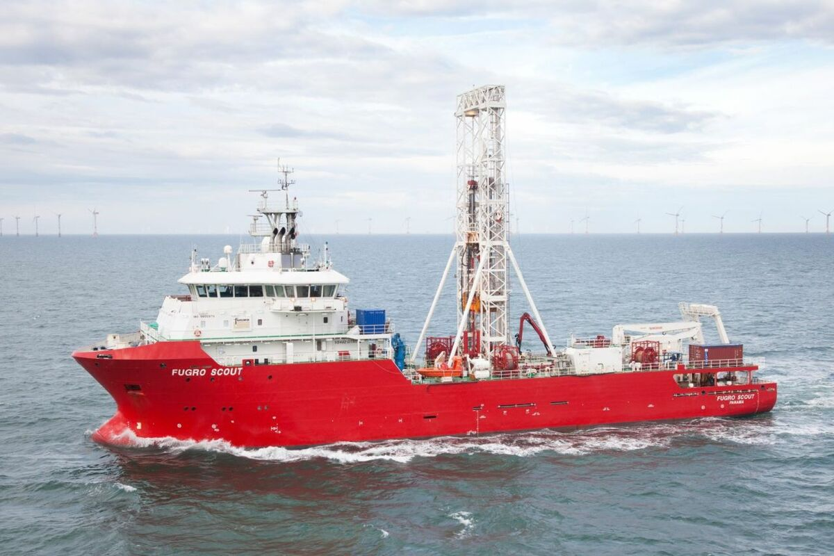 Providing two dedicated geotechnical vessels was a major factor in Fugro's successful bid