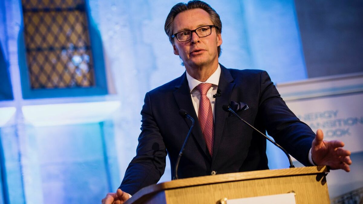 "Knut Ørbeck-Nilssen (DNV GL): ""In an industry famous for playing the long game, the pressure is on"""