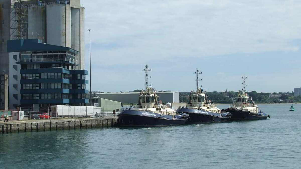 Svitzer tugs have well designed moorings in Southampton