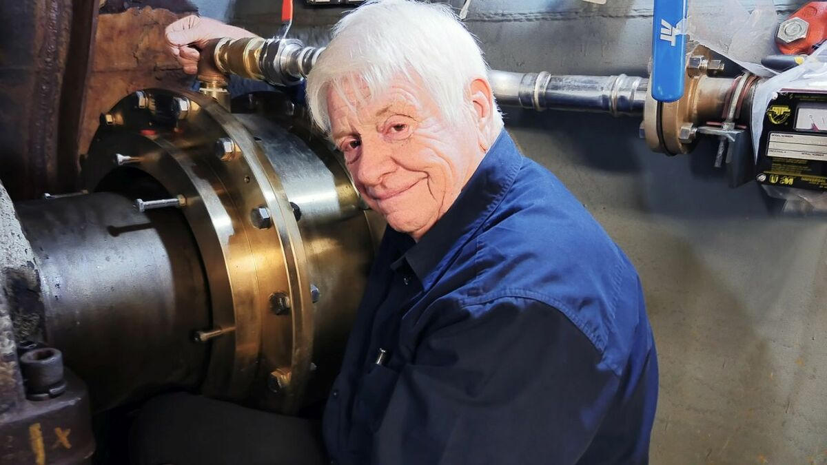 Bearing company founder wins prestigious award