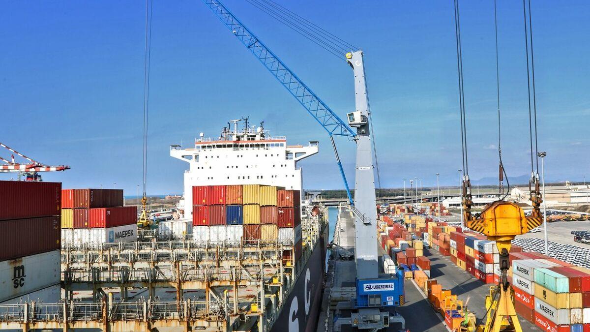 Konecranes delivered the Mediterranean region's largest ever mobile harbour crane