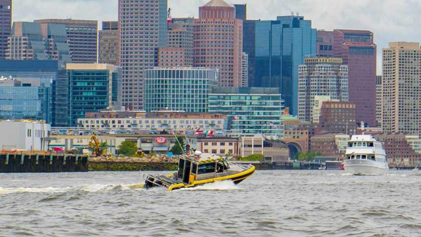 Autonomous pilot boat demonstrated in US