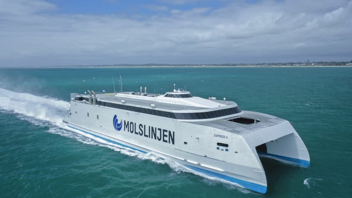 Molslinjen has ordered a ferry from Austal that can be switched to LNG in future