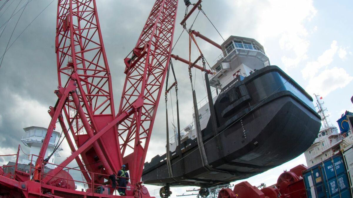 Articulated tug and barge goes airborne