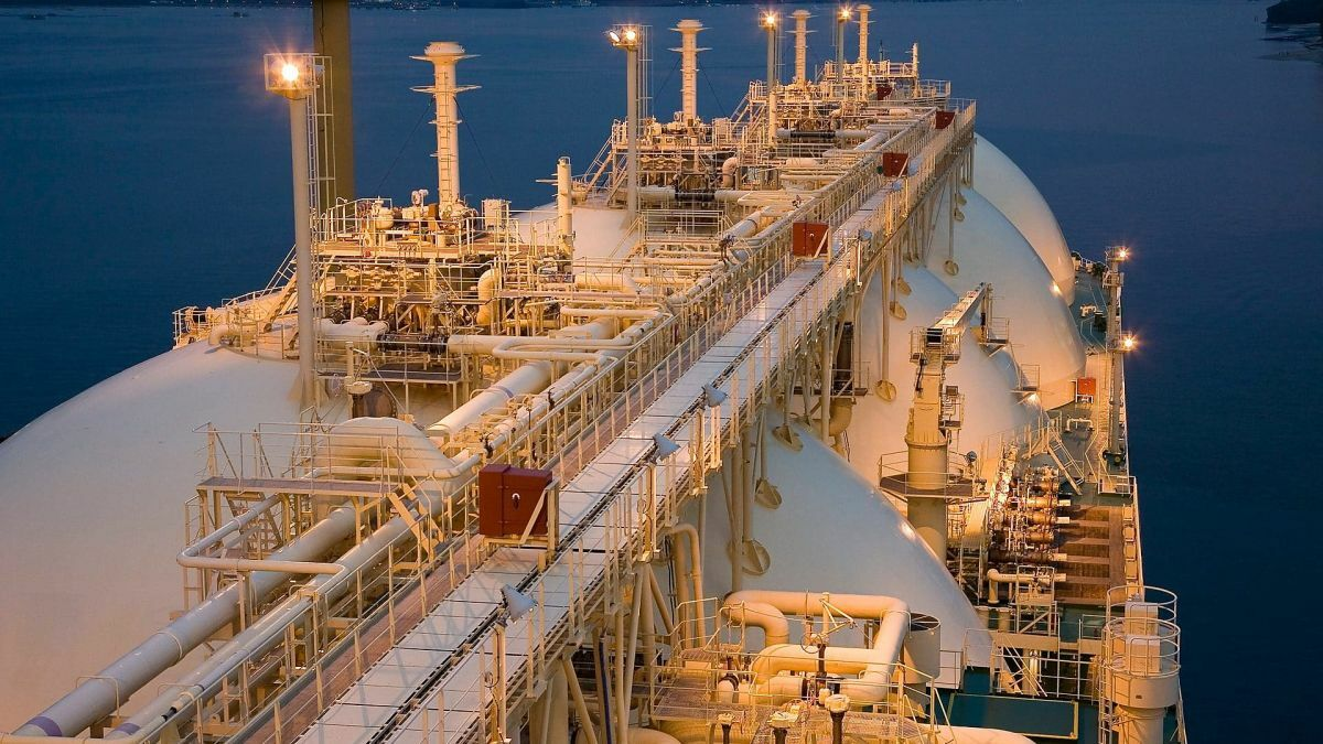 Shell secures lubricant deal for COSCO vessels