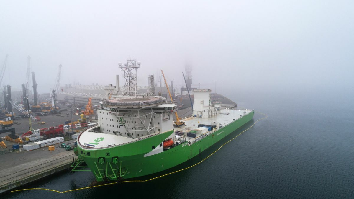 After being fitted with a 5,000-tonne capacity crane, Orion will be deployed off Scotland