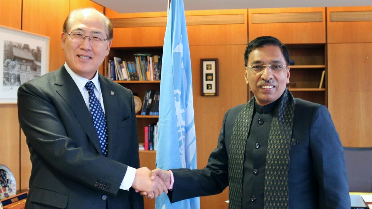 Gopal Krishna reveals India's ship recycling plans (IMO secretary-general Kitack Lim and Mr Krishna)