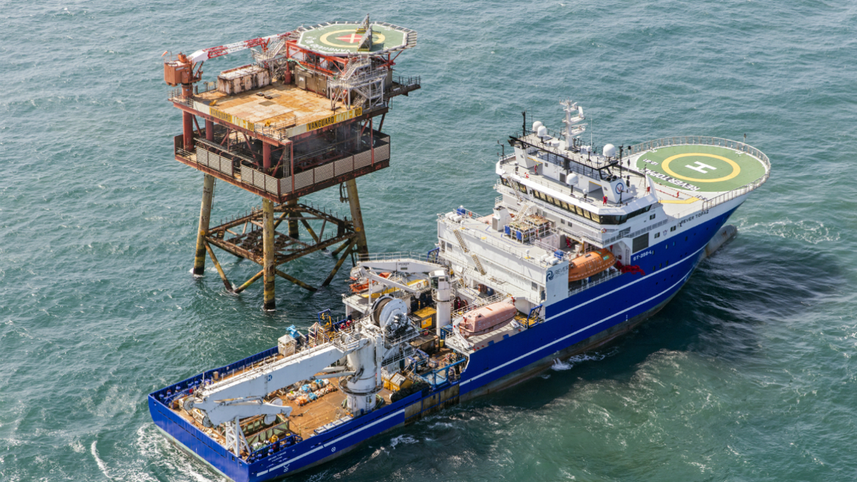 Dive support vessel Rever Topaz supports IRM, decommissioning and construction activities