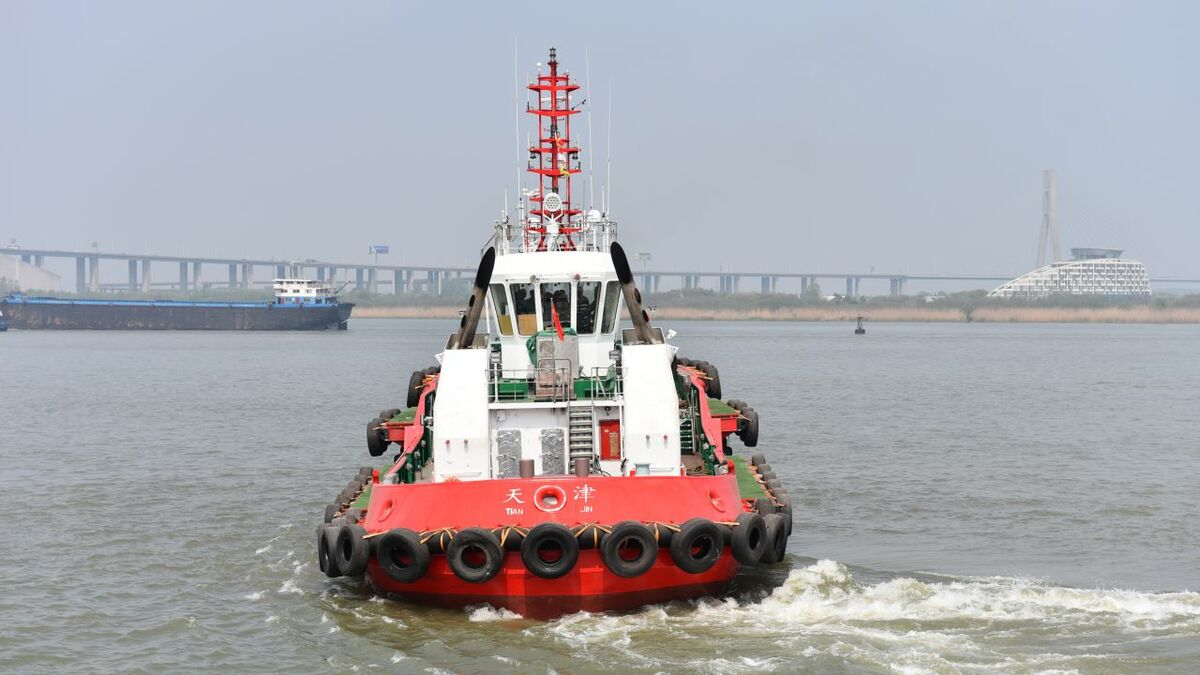 Jiangsu Zhenjiang built two harbour tugs to I-Tech class for Tianjin Port Tug & Barge