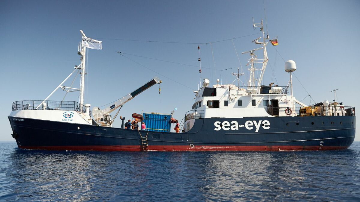 VSAT on Sea-Eye's Alan Kurdi enables crew communications and SAR connectivity (credit: Fabian Heinz)