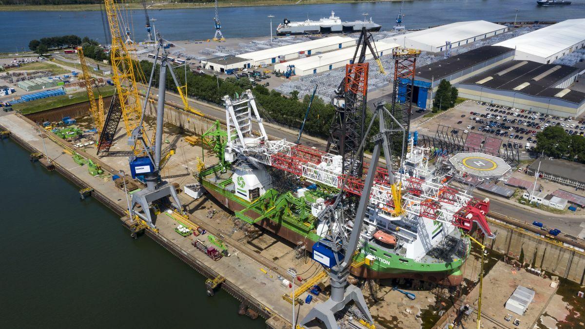 DEME's heavy-lift jack-up vessel Innovation at Damen Verolme Rotterdam