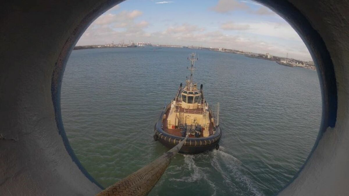 Svitzer Mercurius tug in Southampton