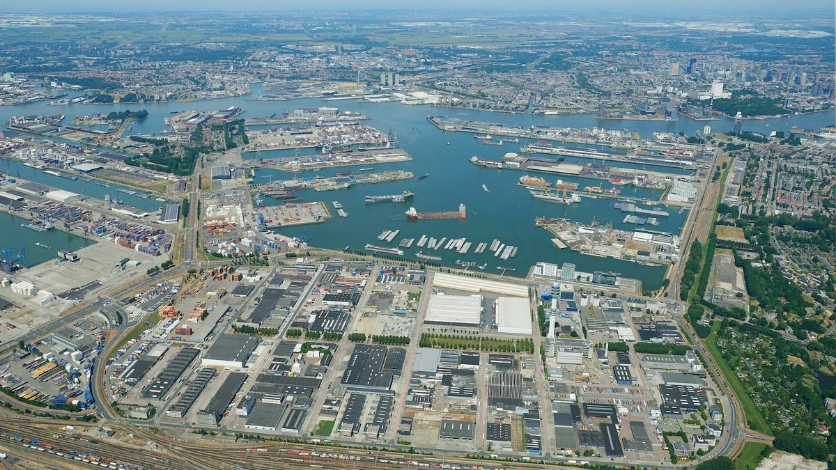 The Port of Rotterdam aims to host the first under-sea CO2 storage infrastructure by the end of 2023
