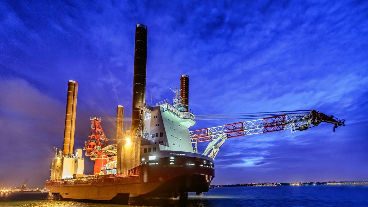 Ziton owns and operates a fleet of specialised jack-up vessels