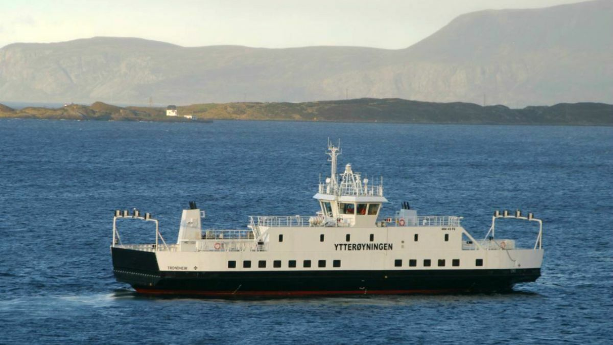Fire on the battery-hybrid car ferry Ytterøyningen prompted industry concerns