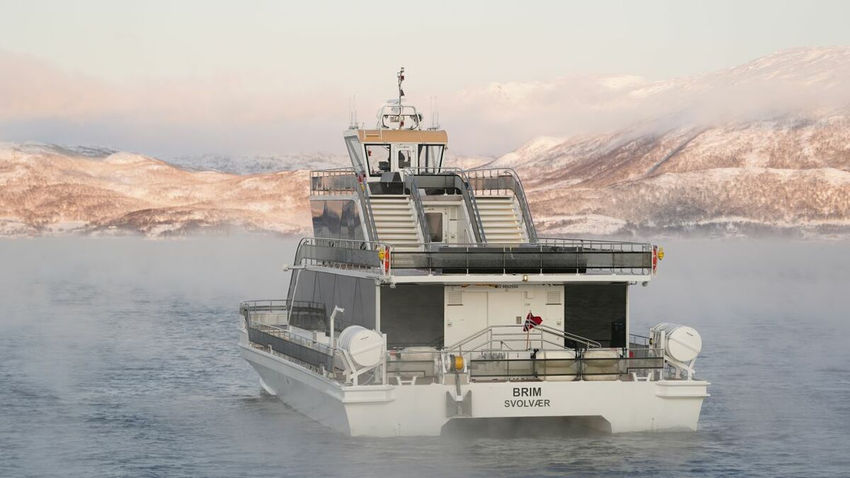 Vessel owner challenged by Arctic communications
