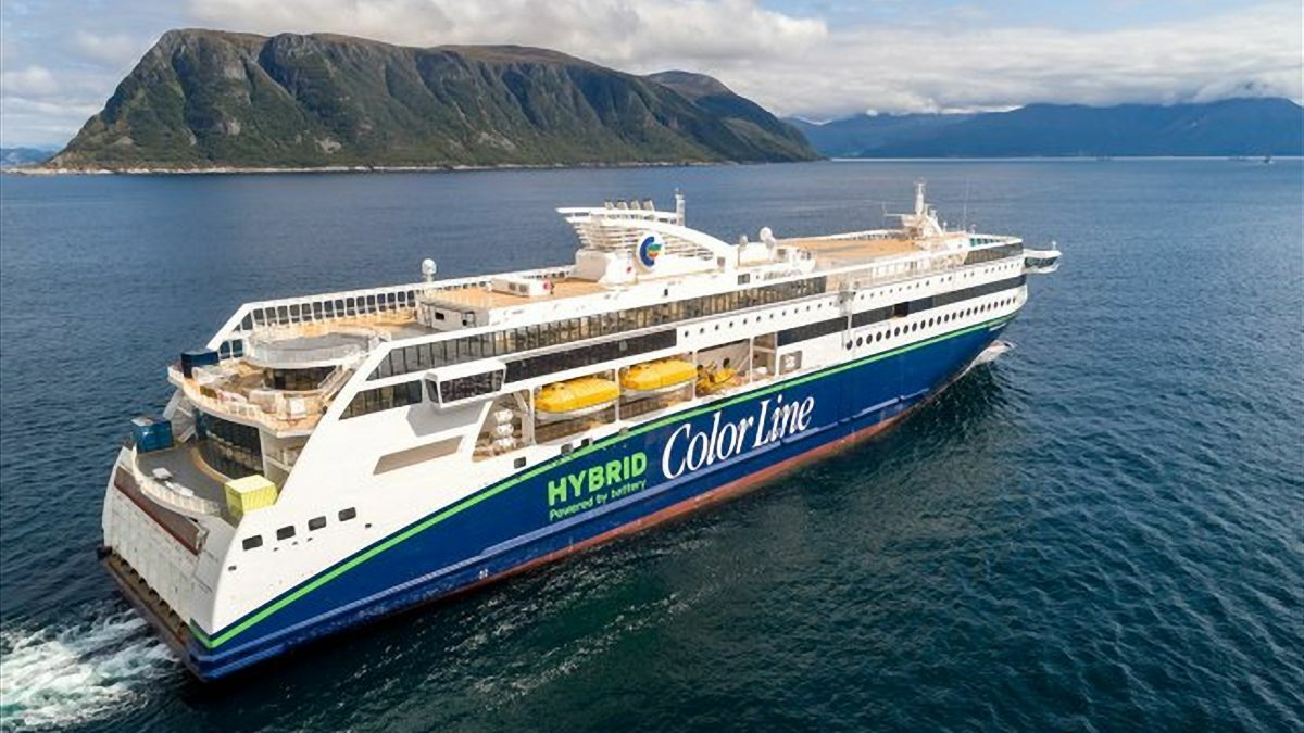 Color Hybrid is the biggest battery hybrid vessel so far (image: Ulstein Verft)