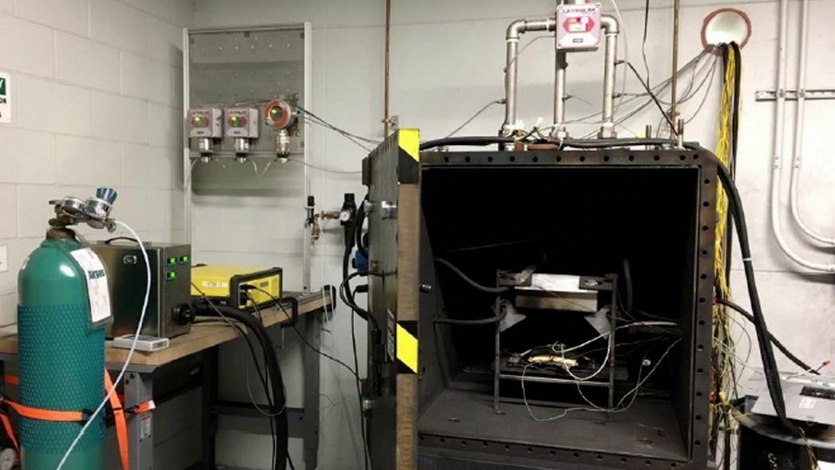DNV GL's Large Battery Destructive Test Chamber in Rochester, UK