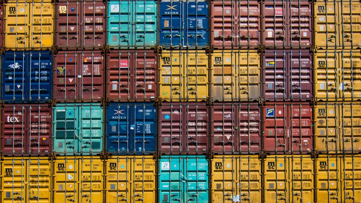 Container prices surge as supply chain blocks tighten supply
