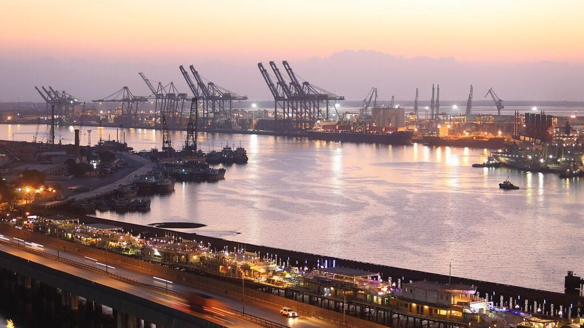 Pakistan and Bahrain ban open-loop scrubber discharge in ports