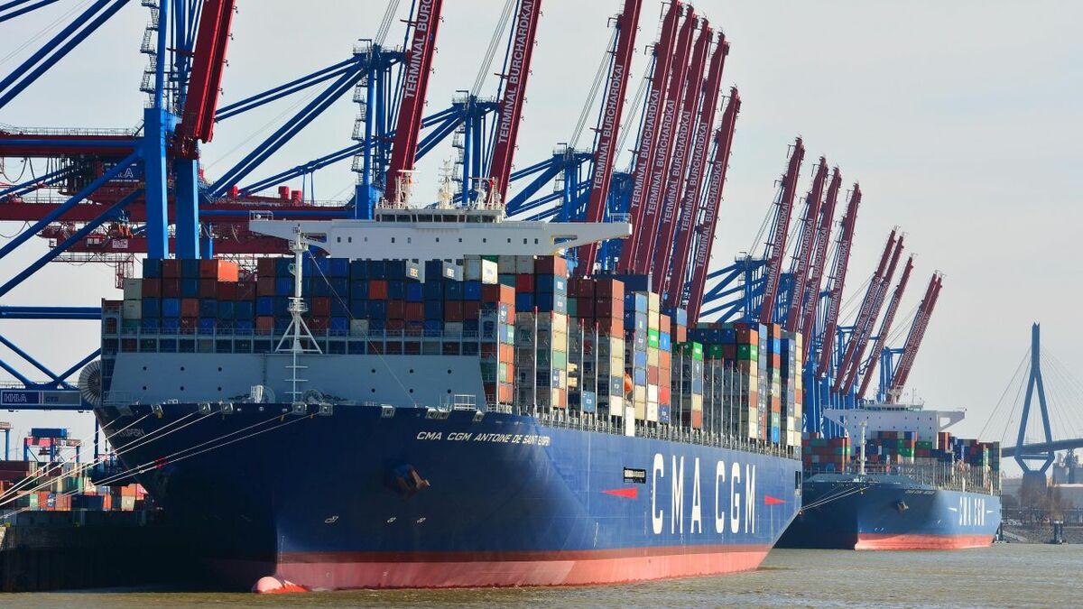 Service changes will not affect volumes at Hamburg (credit: Port of Hamburg/Dietmar Hasenpusch)