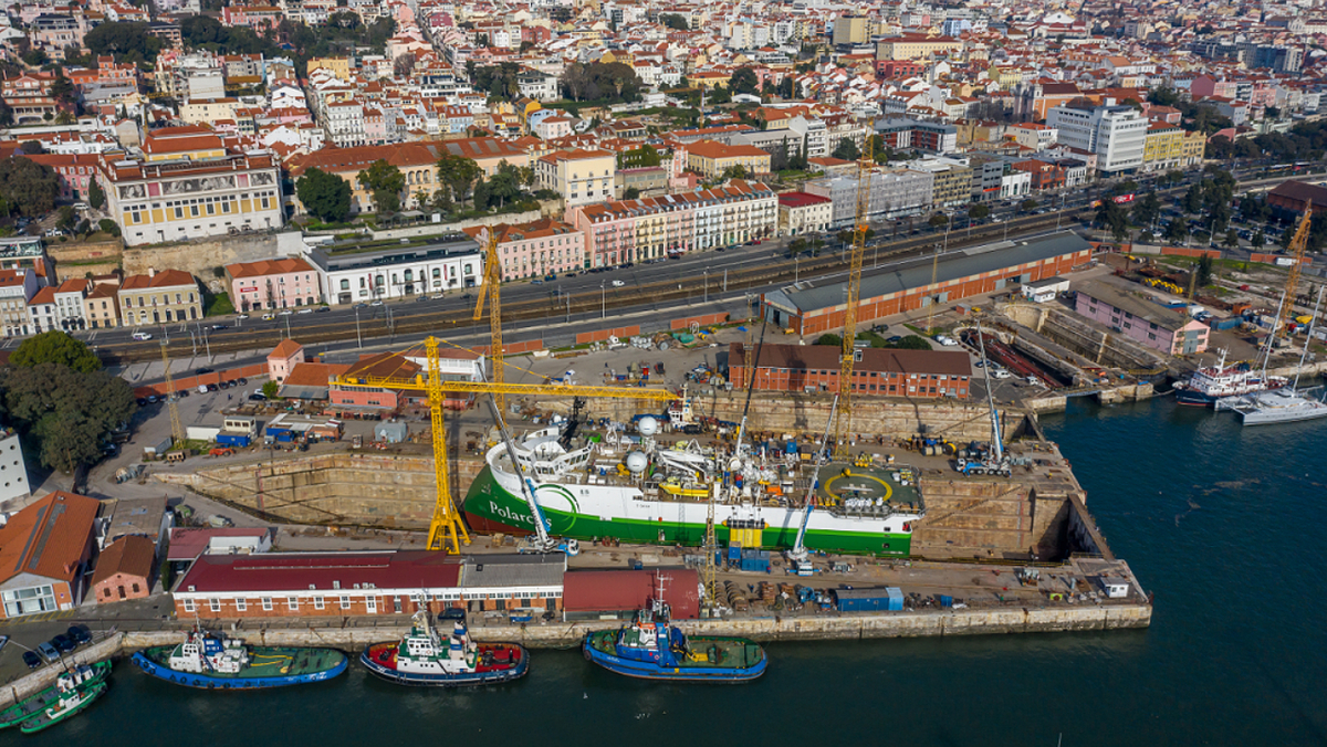 Navalrocha Shipyard's graving dock facilitated the wide-ranging project