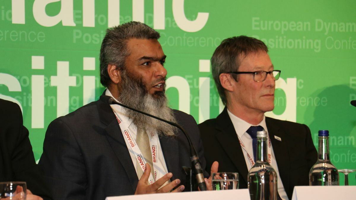 Faisal Rashid (OCIMF - left) and Andy Goldsmith (IMCA) discuss collaboration to improve safety