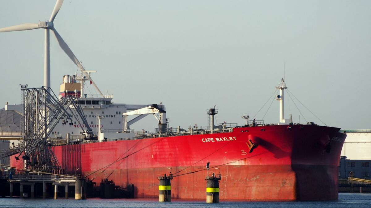 Cape Baxley has been sold by König & Cie, before its next special survey
