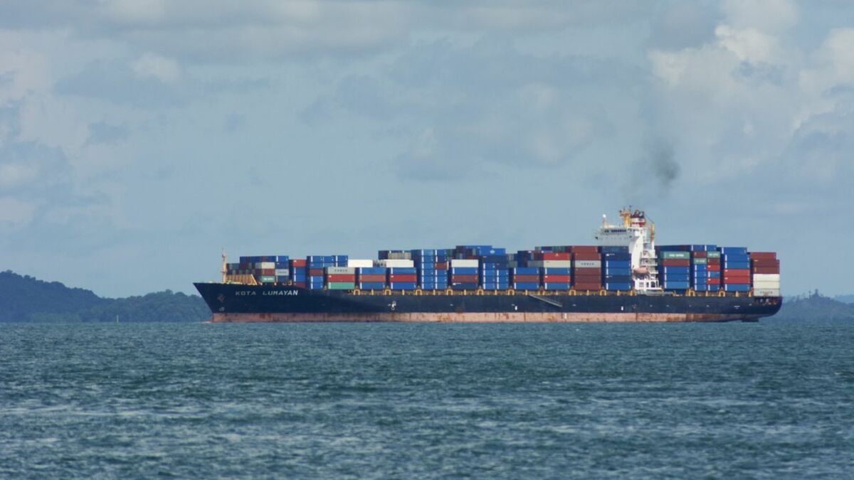 PIL's last transpacific sailing will be in March 2020 (credit: Thomas Timlen/flickr)