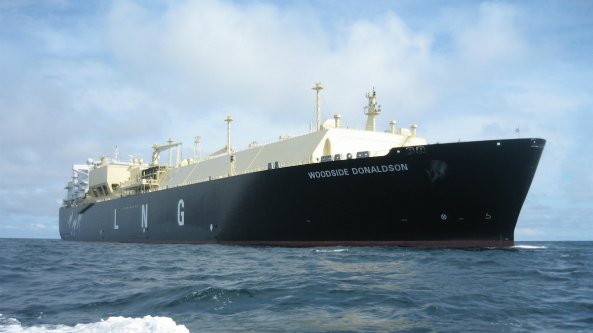 Global LNG demand hits record 359M tonnes