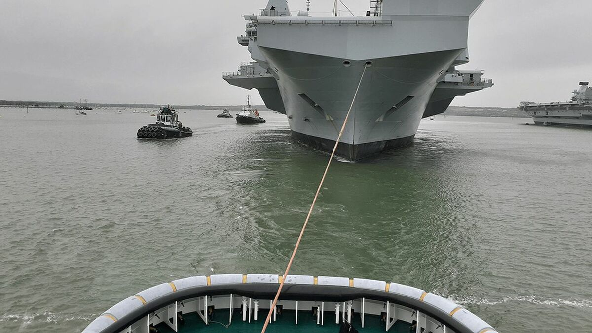 Serco tugs tow and manoeuvre a new Royal Navy aircraft carrier in the UK