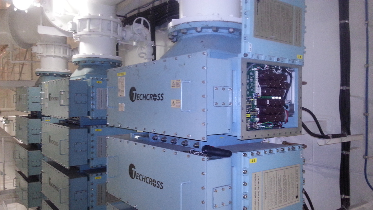 The Techcross ECS BWTS uses a direct electrolysis process
