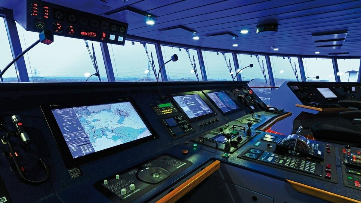 Wartsila bridge systems for smart navigation