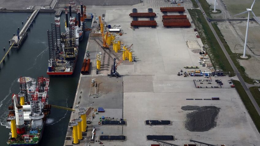 Buss Terminal Eemshaven has handled foundations for several North Sea windfarms