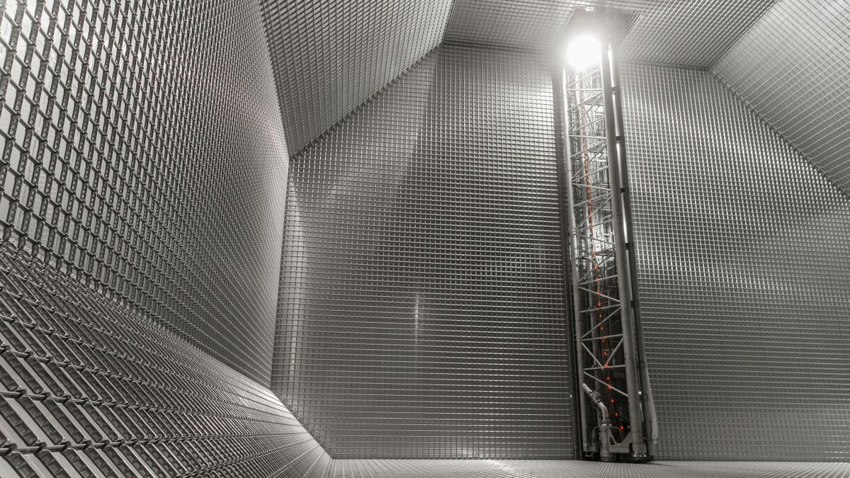 The inside of a completed membrane tank (credit : GTT - Roland Mouron)
