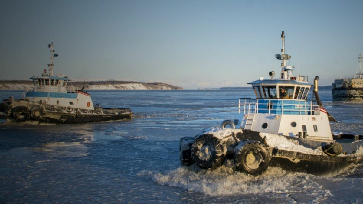 Cook Inlet tugs operate in Alaska's cold climate