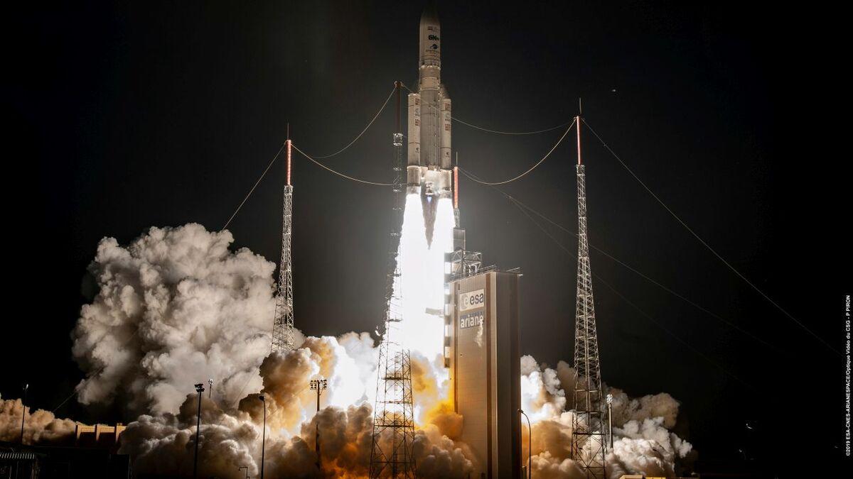 Inmarsat - GX 5_launch.jpg Inmarsat's GX 5 satellite launch was the first of a new constellation