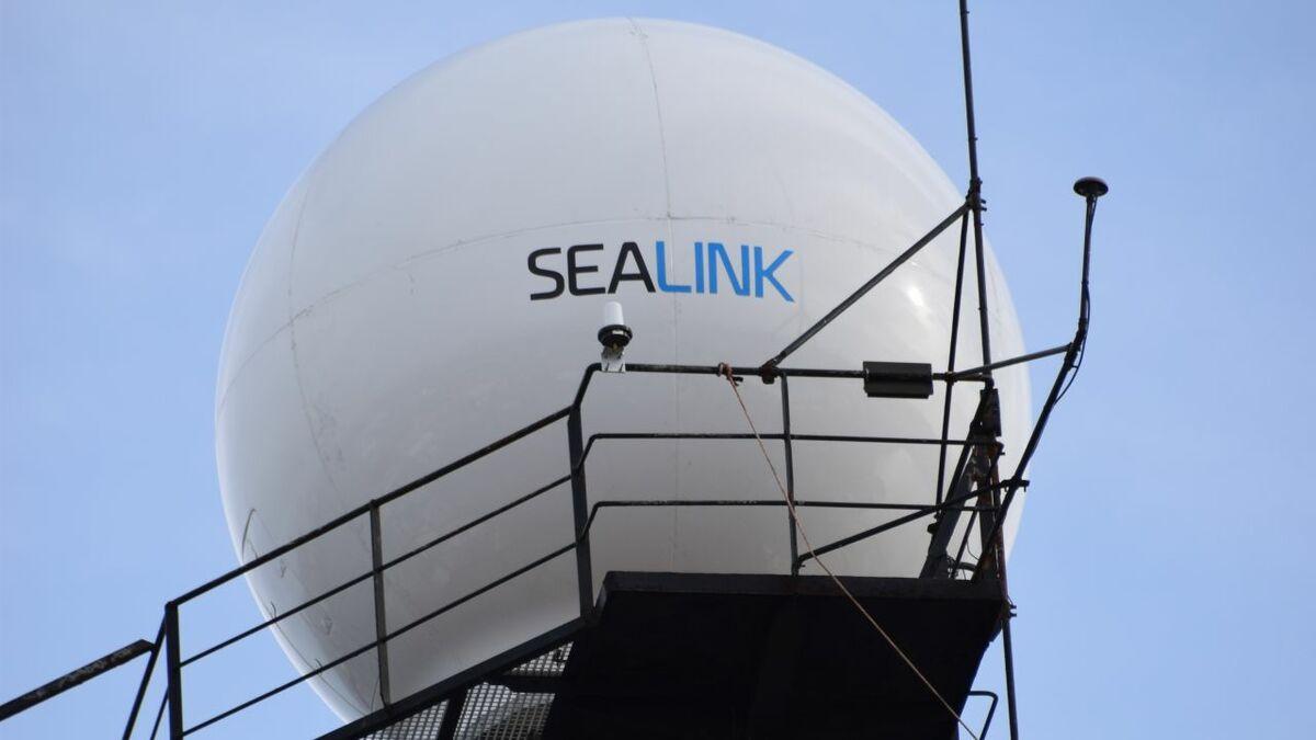 Marlink installs VSAT hardware as part of its Sealink Ku-band service
