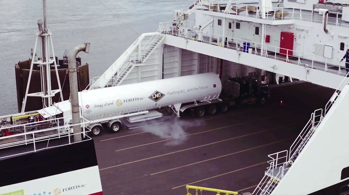 FortisBC supplies LNG via tanker truck to fuel vessels operated by Seaspan Ferries