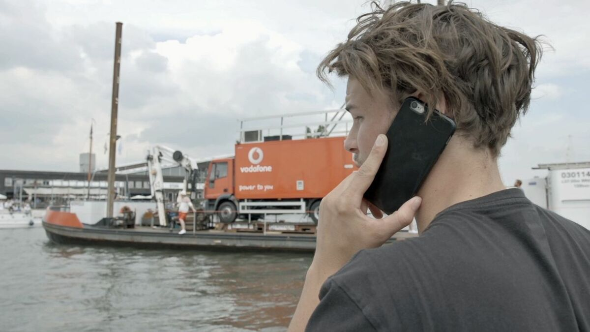 https://dvzpv6x5302g1.cloudfront.net/AcuCustom/Sitename/DAM/069/Vodafone_truck_on_barge_phone_call.jpg