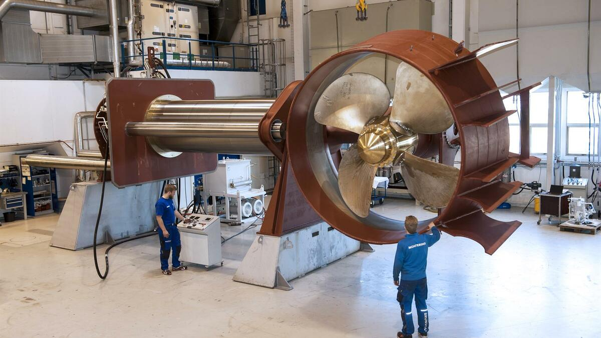 Brunvoll's biggest retractable thruster undergoes testing