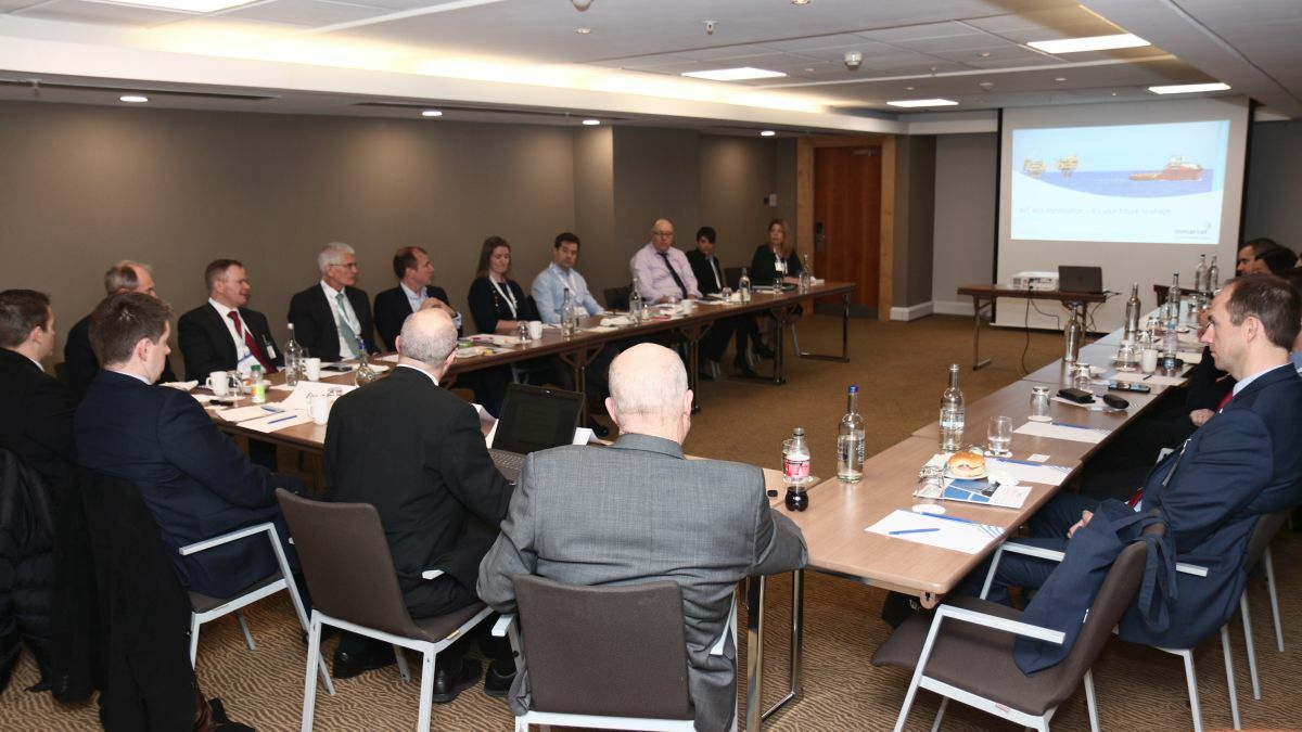 Stakeholders discuss key connectivity challenges at the Inmarsat/Riviera roundtable