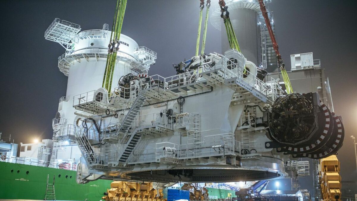 Massive crane for DEME installation ship approaching completion