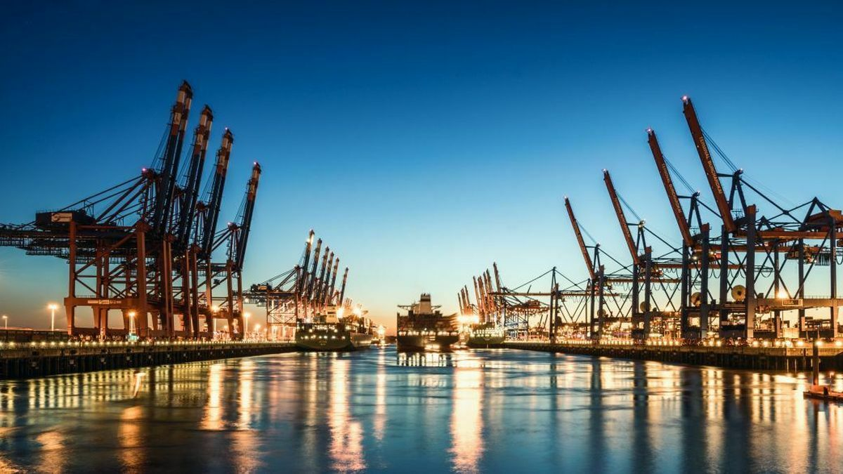 Ports need to implement electronic data exchange with ships