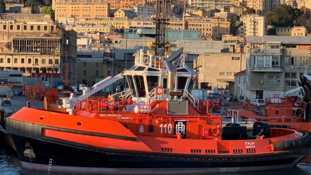 Escort tug Italia has been deployed in Genoa, Italy