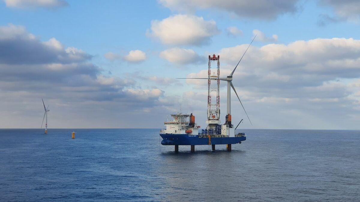 Turbine installation on Northwester 2 was completed by Vole au vent and Seajacks Scylla